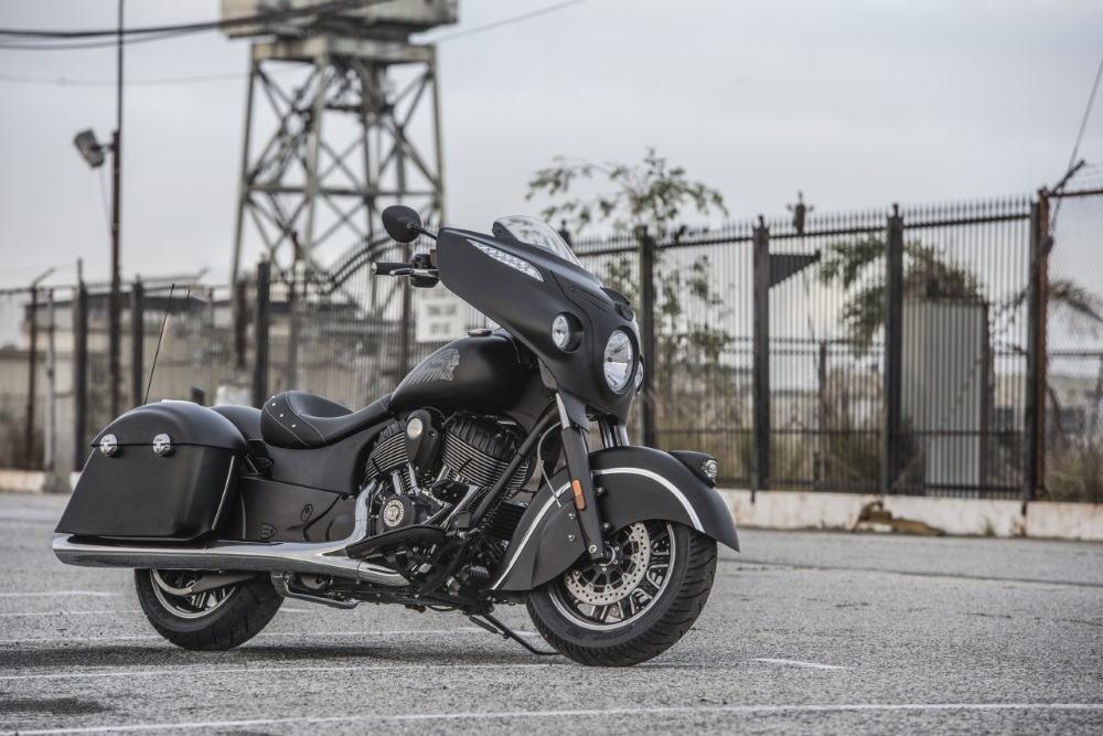 Indian Chieftain Dark Horse Front